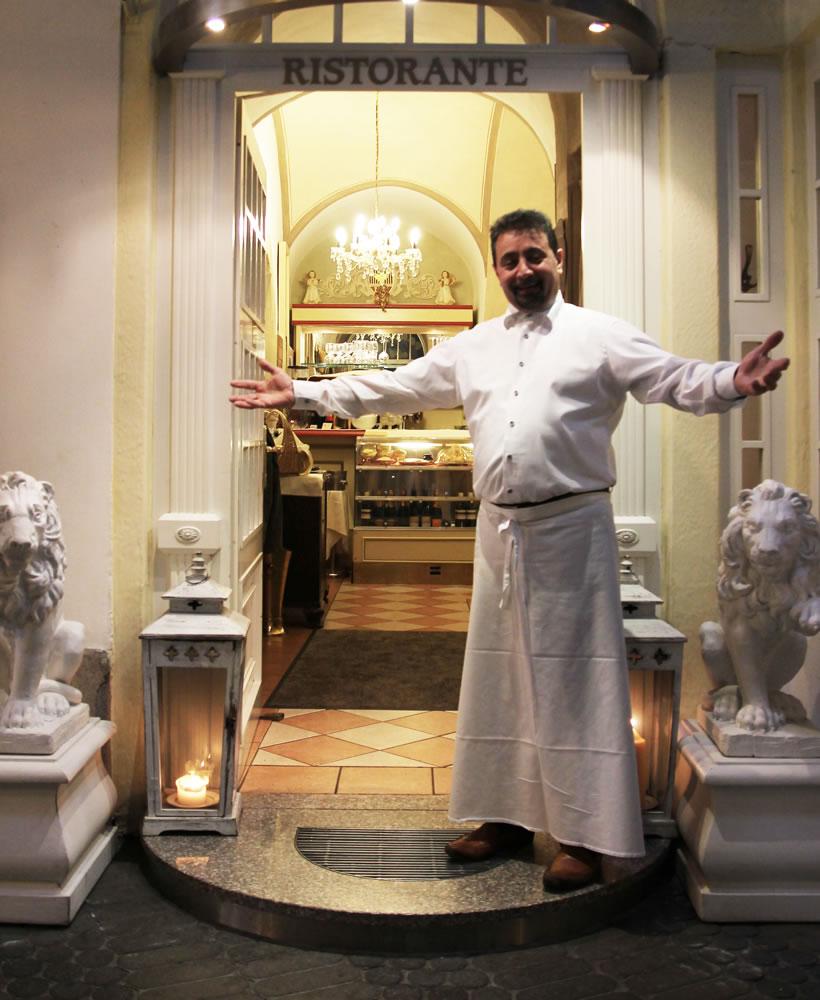 Öffnungszeiten Restaurant Il Ristorante Hof