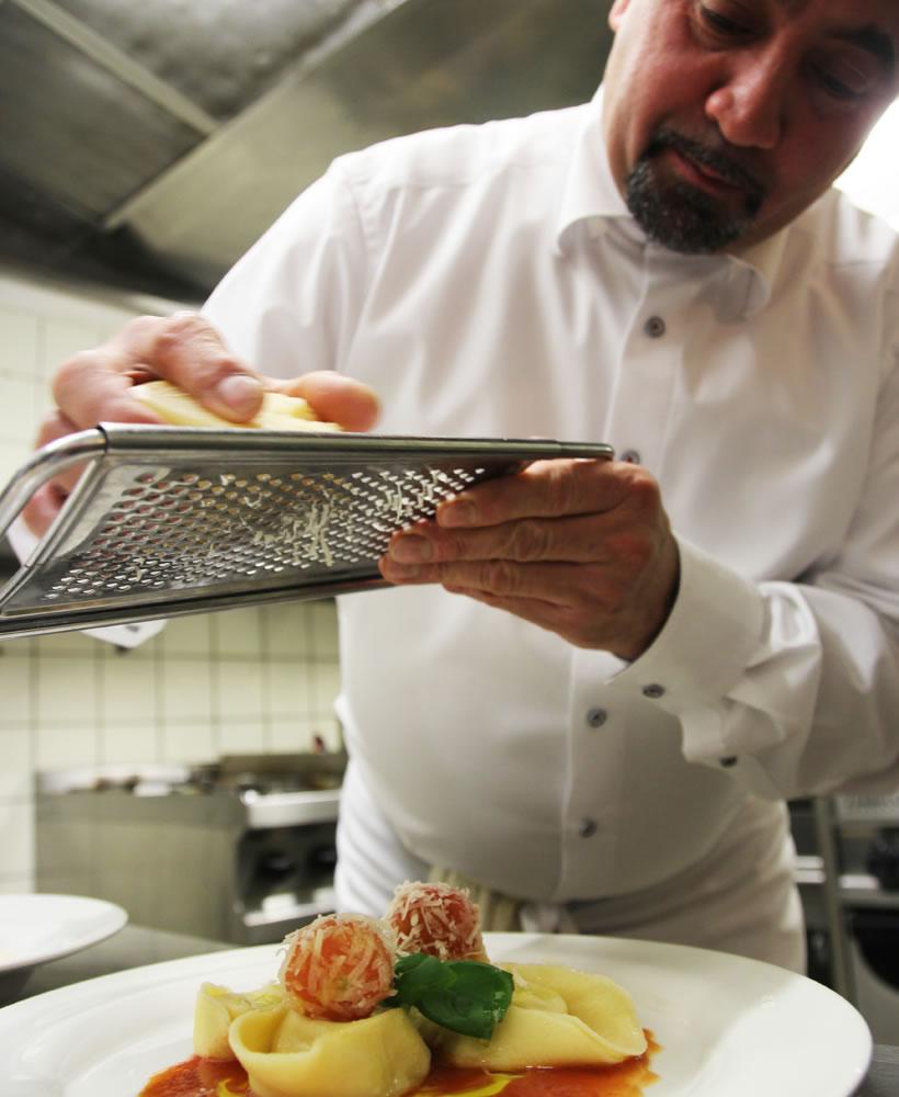 Feine Speisen im Restaurant Hof il Ristorante